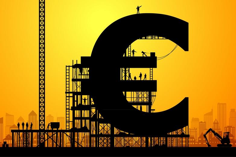 Réalisation majeure de l'UEM, l'euro est mis en circulation pour la première fois le 1er janvier 1999 - Crédits : Leontura / iStock