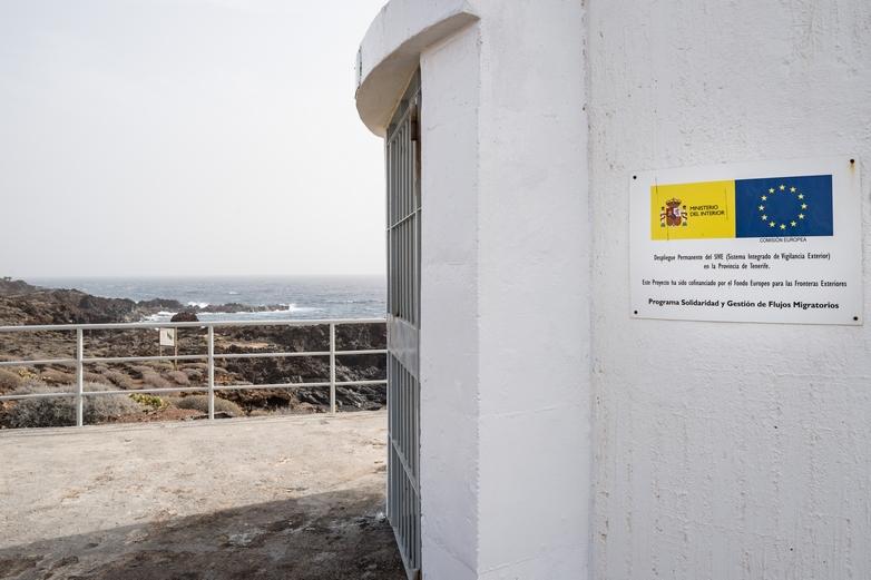Avec Eurosur, les sites de surveillance aux frontières de l'UE, comme ci-dessus à Tenerife dans les îles Canaries (Espagne), transmettent leurs données aux autres Etats membres - Crédits : Georges Boulougouris / Commission européenne