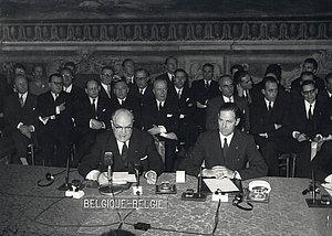 Paul-Henri Spaak et Jean-Charles Snoy et d'Oppuers (Belgique), 25 mars 1957