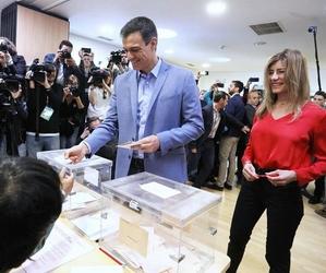Pedro Sanchez et son épouse - Crédits : compte facebook