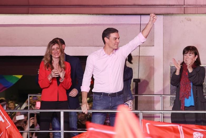 Le Premier ministre socialiste Pedro Sanchez, après l'annonce de la victoire de son parti aux élections législatives du 28 avril - Crédits : compte facebook