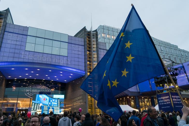 Rassemblement autour du Parlement européen à Bruxelles le 26 mai - Crédits : Flickr / Parlement européen CC BY 2.0
