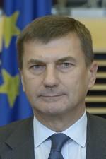 Andrus ANSIP (Estonie)