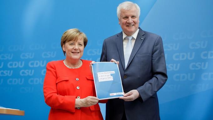 Angela Merkel et Horst Seehofer, crédits : CDU/Tobias Koch