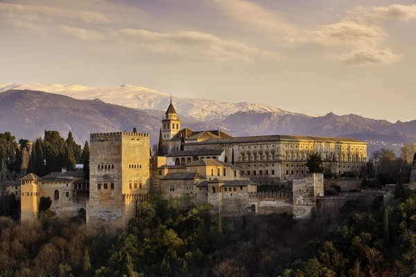 L'Alhambra de Grenade - Crédits : WillSelarep / iStock