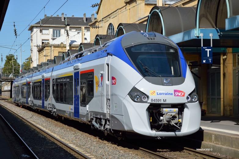 Train construit par Alstom en gare de Nancy