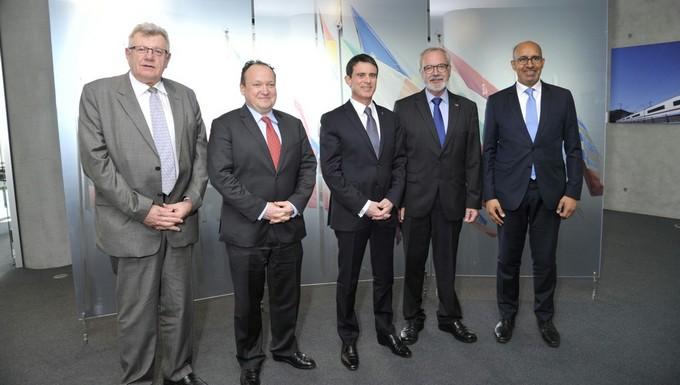 De gauche à droite : Christian Eckert, Ambroise Fayolle, Manuel Valls, Werner Hoyer et Harlem Désir