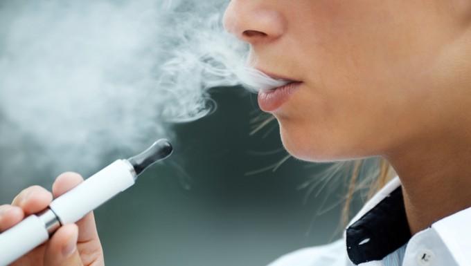 Cigarette électronique tabac eCall assurances
