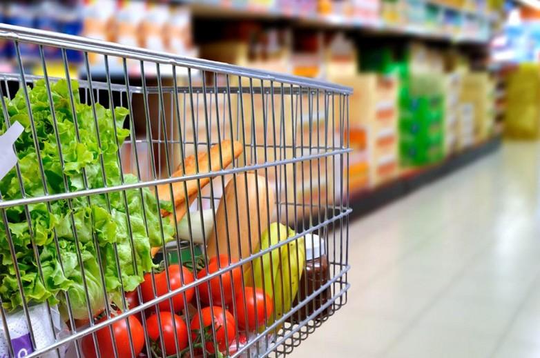 Aujourd'hui, la Commission européenne estime que protéger les consommateurs dans le domaine alimentaire va de pair avec la protection de l'environnement et la lutte contre le réchauffement climatique - Crédits : Parlement européen