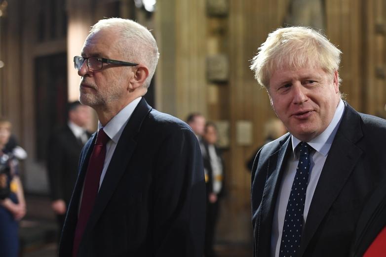 Le chef de l'opposition officielle Jeremy Corbyn et le Premier ministre Boris Johnson, au moment de la réouverture de la session parlementaire le 14 octobre 2019 - Crédits : Jessica Taylor / Flickr UK Parliament CC BY-NC 2.0