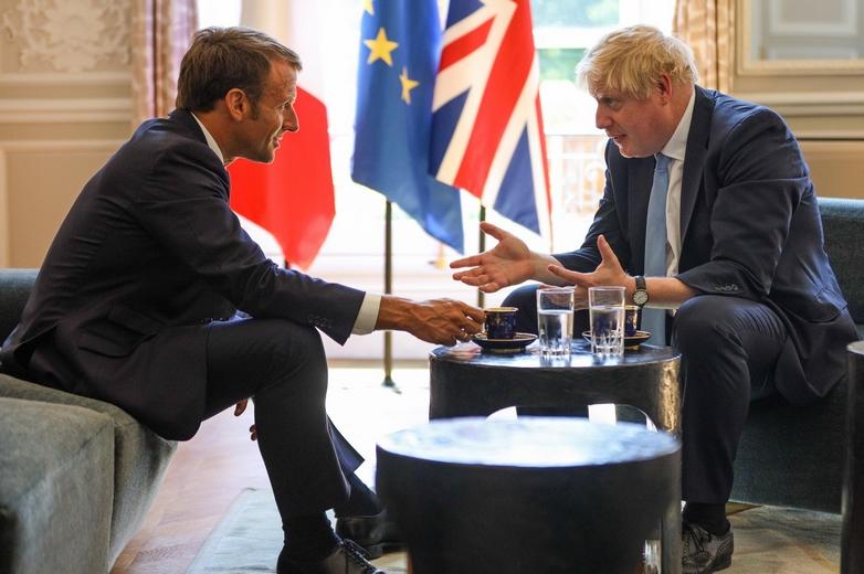 Le président français Emmanuel Macron et le Premier ministre britannique Boris Johnson, lors d'une rencontre à Paris le 22 août 2019 - Crédits : Wikimedia Commons
