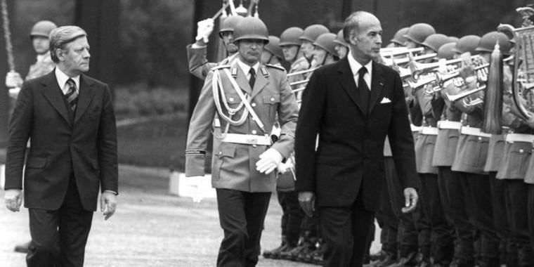 Helmut Schmidt et Valéry Giscard d'Estaing à Bonn en 1977