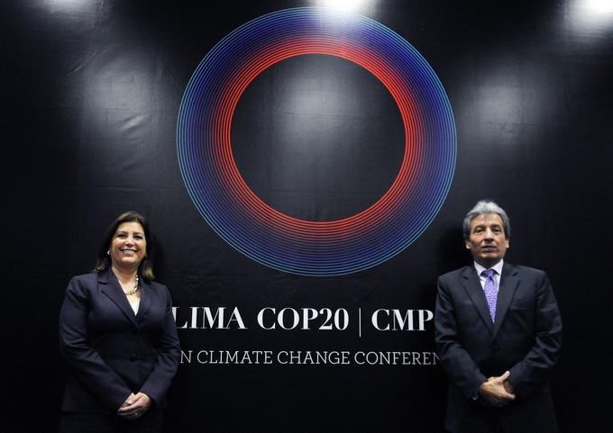 Eda Rivas et Manuel P. Vidal, ministres péruviens des Relations internationales et de l'Environnement
