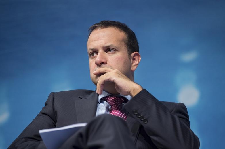 Les élections législatives irlandaises du 8 février ont marqué un recul du parti de centre droit Fine Gael. Le maintien à la tête du gouvernement de son leader Leo Varadkar, ici à Leipzig en 2012, est menacé. - Crédits : Marco Urban / Flickr International Transport Forum CC BY-NC-ND 2.0