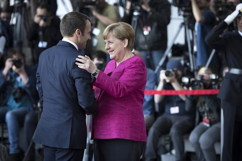 Emmanuel Macron et Angela Merkel - Crédits : Bundesregierung/Bergmann