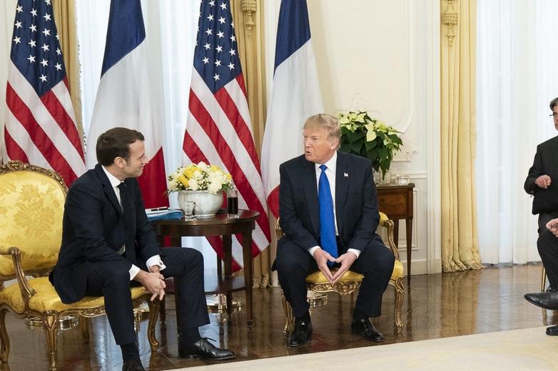 Derrière les sourires apparents, Emmanuel Macron et Donald Trump se sont échangé plusieurs piques lors de leur discussion devant la presse, mardi 3 décembre à Londres - Crédits : Flickr The White House