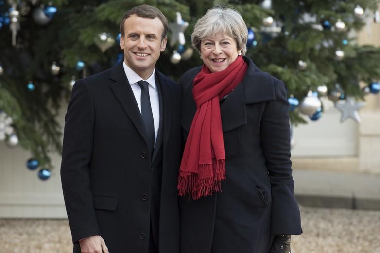 Emmanuel Macron et Theresa May au palais de l'Elysée le 12 décembre 2017