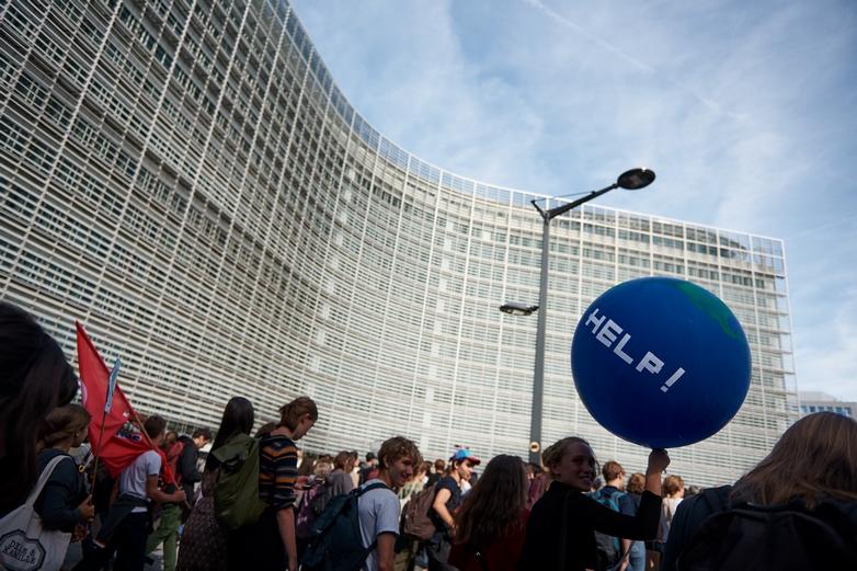 Manifestation pour le climat devant le siège de la Commission européenne, à Bruxelles, le 20 septembre 2019 - Crédits : Greg Vandevyver / Commission européenne