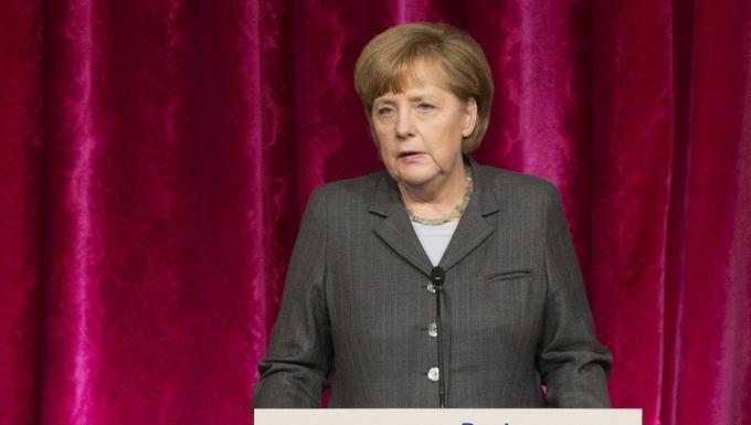 Angela Merkel à Paris, Hollande 2014
