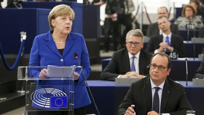 Angela Merkel et François Hollande, en octobre 2015 au Parlement européen