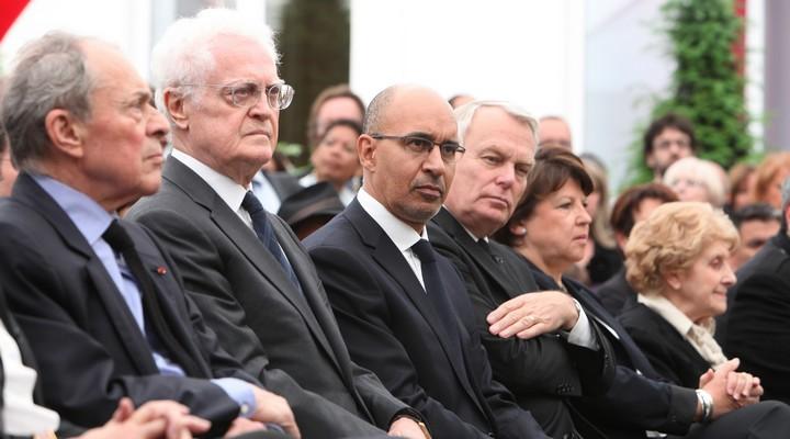 De gauche à droite : Michel Rocard, Lionel Jospin, Harlem Désir, Jean-Marc Ayrault et Martin Aubry, en 2013 lors des obsèques de Pierre Mauroy