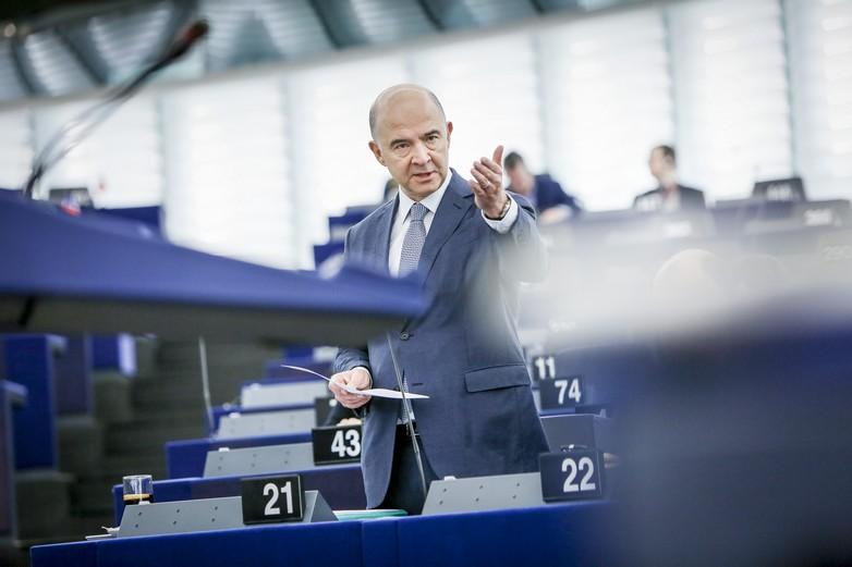 Pierre Moscovici lors du débat au Parlement européen sur les paradis fiscaux le 14 novembre
