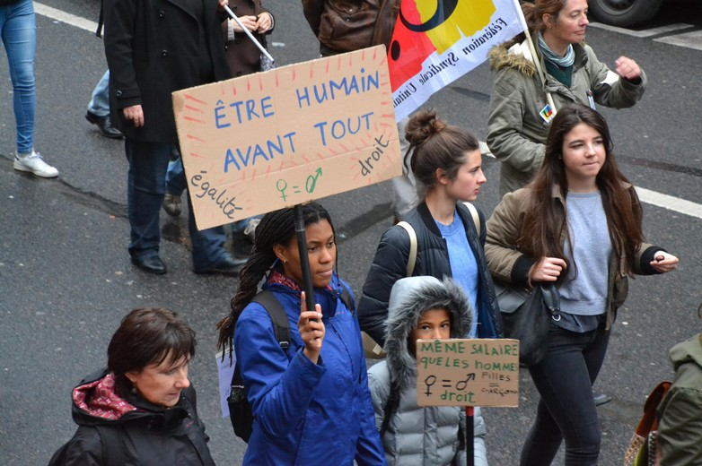 Manifestation à Paris pour les droits des femmes, le 8 mars 2017