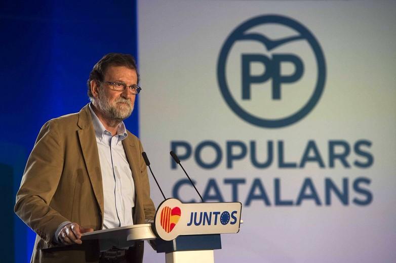 Mariano Rajoy lors de son allocution devant le Partido Popular de Catalogne dimanche 12 novembre à Barcelone