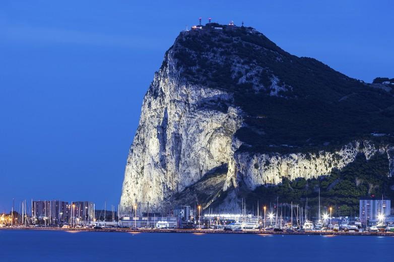 Le Rocher de Gibraltar, enclave britannique depuis 1713