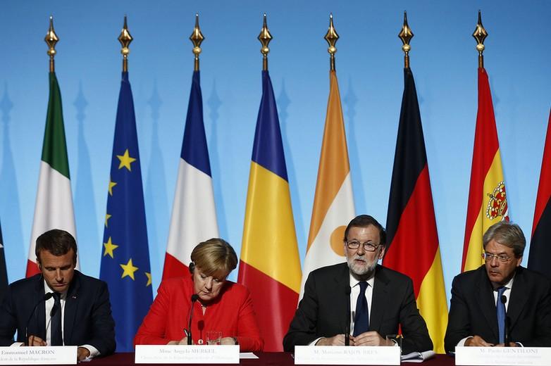 De gauche à droite : Emmanuel Macron, Angela Merkel, Mariano Rajoy et Paolo Gentiloni