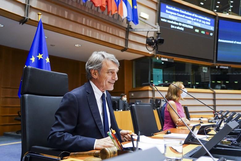Le président du Parlement européen David Sassoli à l'issue du second vote de la session plénière du 23 juillet 2020 - Crédits : Parlement européen/Philippe Buissin