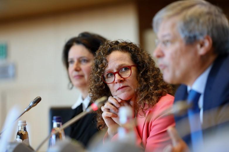 L'eurodéputée néerlandaise Sophie in 't Veld, spécialiste de la protection des données personnelles, appelle à la vigilance quant à l'usage des données de géolocalisation dans le suivi de l'épidémie de Covid-19 - Crédits : Renew Europe / Flickr CC BY-NC-ND 2.0