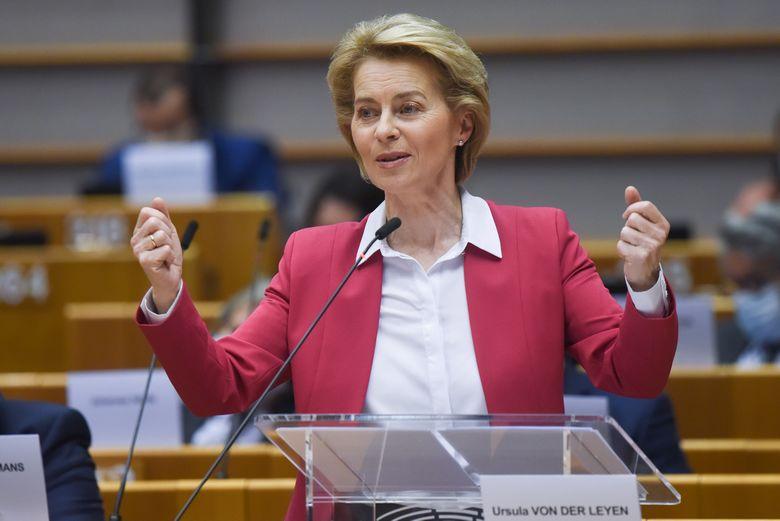 La présidente Ursula von der Leyen a présenté son programme économique devant le Parlement européen le 27 mai 2020 - Crédits : Etienne Ansotte / Commission européenne