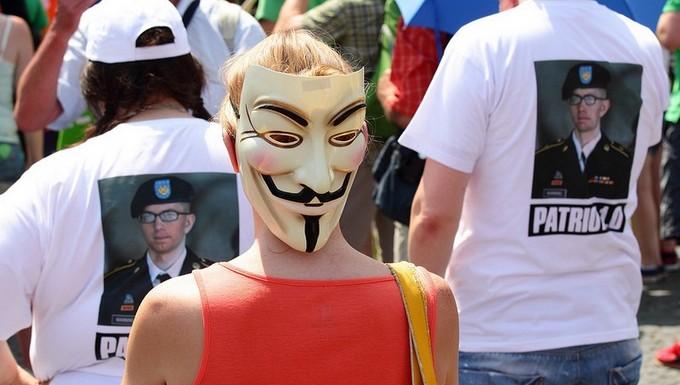 Anonymous Snowden