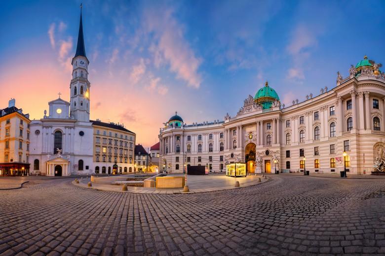 La place St Michel à Vienne, en Autriche, où les mesures de déconfinement pourraient entrer en vigueur dès la semaine prochaine