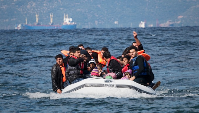 Embarcation réfugiés