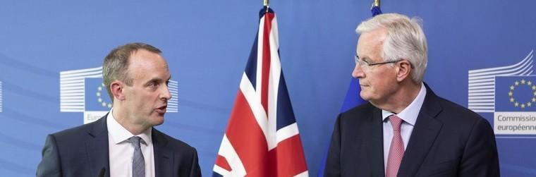 Dominic Raab et Michel Barnier