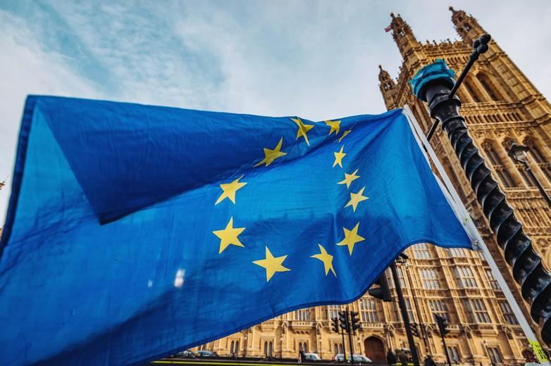 La Chambre des communes pourrait voter en faveur d'un prolongement des négociations - Crédits : Drazen_ / iStock