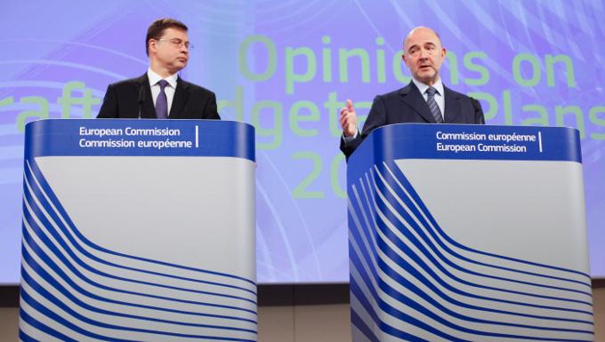 Conférence de presse conjointe de Valdis Dombrovskis et Pierre Moscovici sur des projets de plans budgétaires 2016