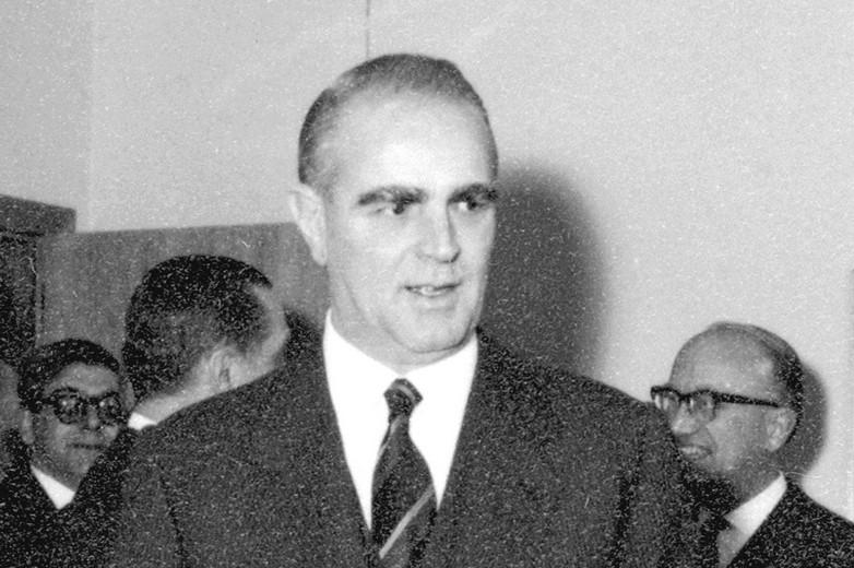Konstantinos Karamanlis