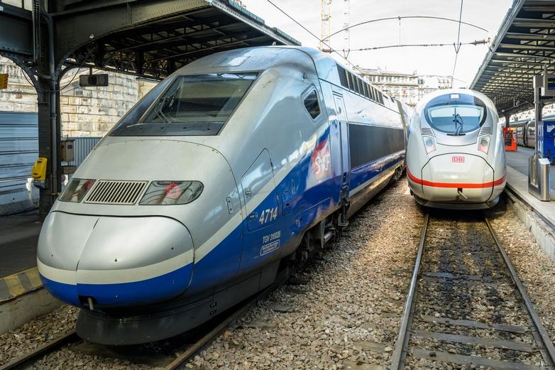 Si la pandémie de Covid-19 a retardé leur arrivée, des concurrents de la SNCF devraient prochainement accéder au marché français - Crédits : olrat / iStock