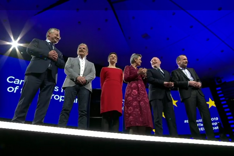 Jan Zahradil (CRE), Nico Cué (GUE), Ska Keller (Verts), Margrethe Vestager (ADLE), Frans Timmermans (PSE) et Manfred Weber (PPE) à Bruxelles le 15 mai 2019 - Crédits : Commission européenne