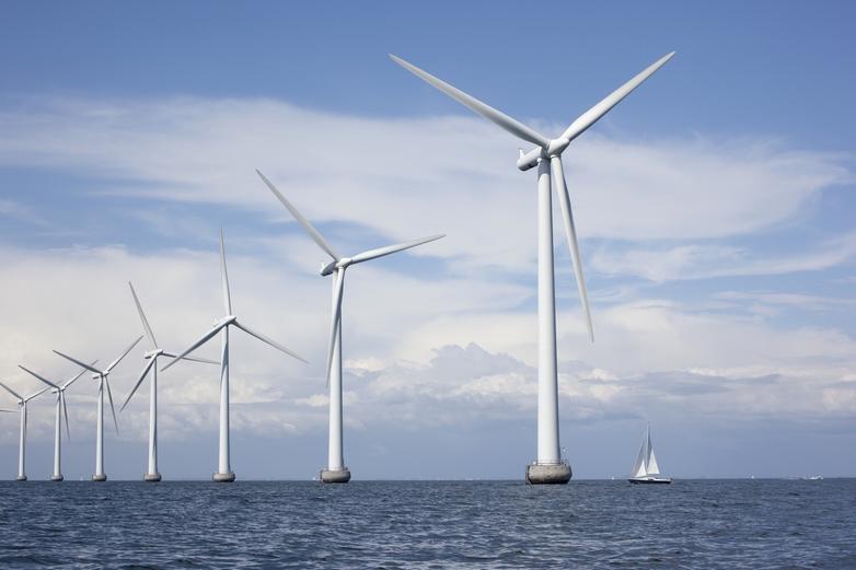 La politique régionale de l'UE a permis de financer des millions de projets, comme des éoliennes en mer au Danemark - Crédits : PARETO / iStock
