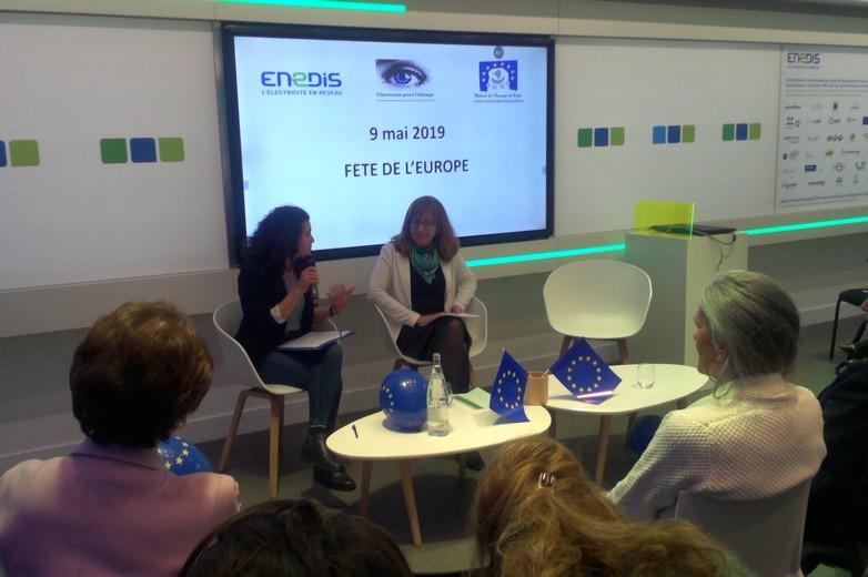 Isabelle Jégouzo, représentante de la Commission en France interrogée par Fanny Cohen de Citoyennes pour l'Europe