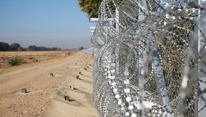 La barrière de Nea Vissa, à la fontière grecquo-turque © Europarl