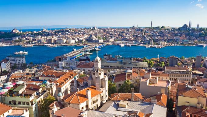 Istanbul (c) istockphoto