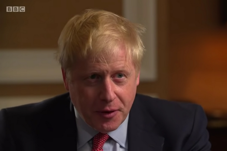 Boris Johnson au cours d'une interview à la BBC lundi 24 juin - Crédits : BBC / YouTube