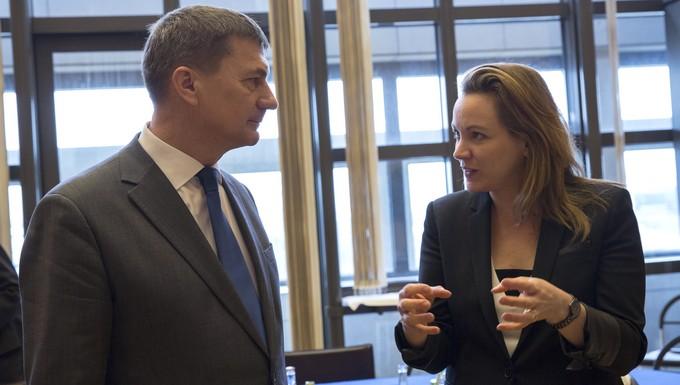 Andrus Ansip, commissaire européen chargé du marché unique numérique, et Axelle Lemaire, secrétaire d'Etat au Numérique