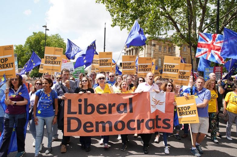Cortège des libéraux-démocrates à la marche anti-Brexit du 20 juillet 2019