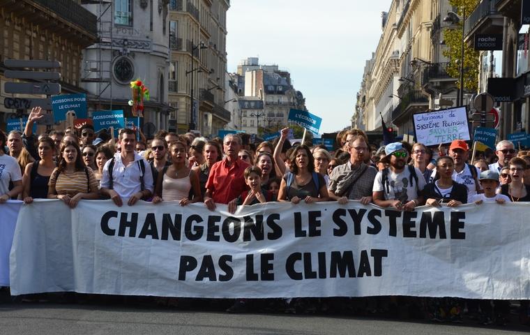 Marche pour le climat le 13 octobre 2018 à Paris - Crédits : Jeanne Menjoulet / Flickr CC BY-ND 2.0
